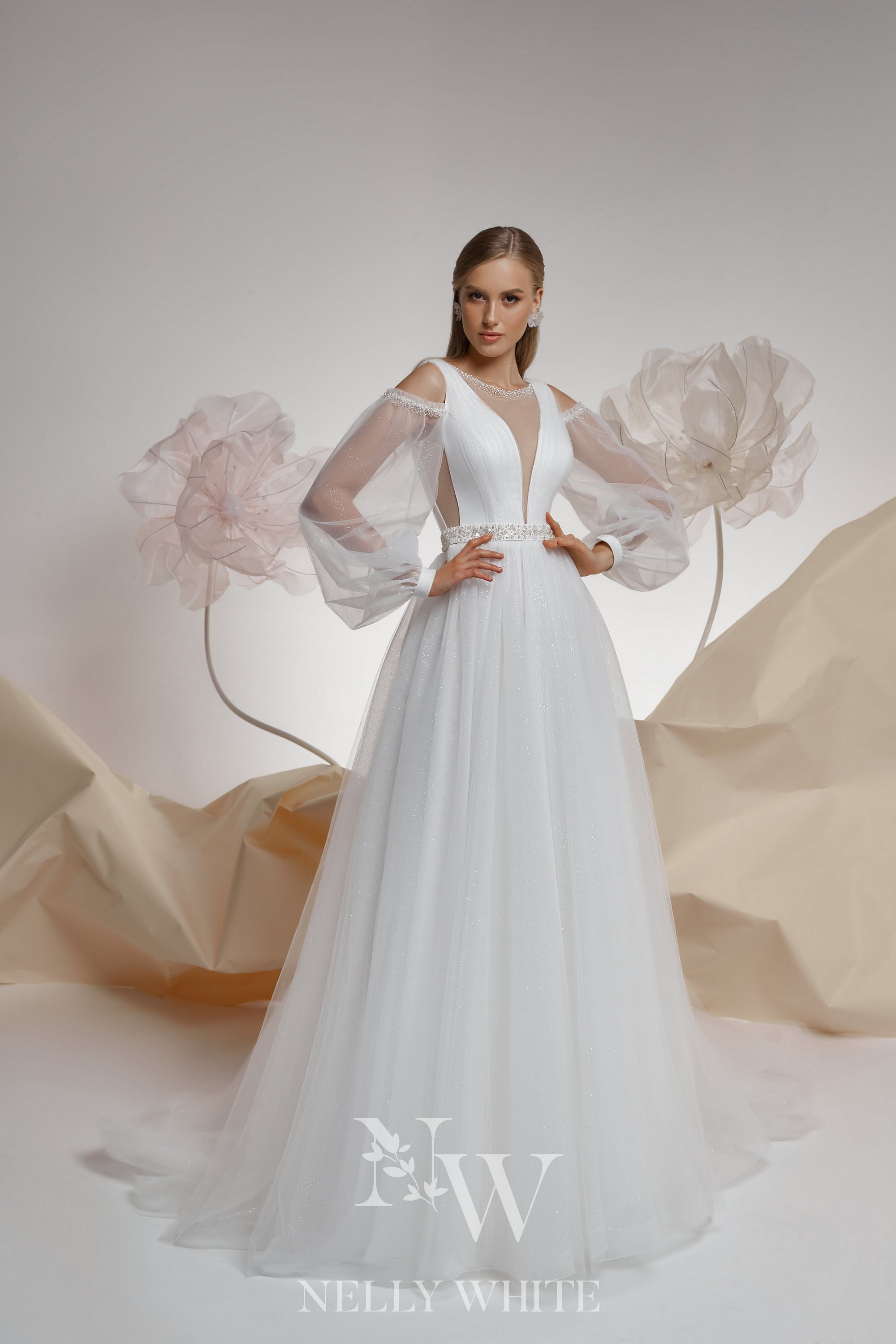 The Top Wedding Dress Trends of 20   Nelly White